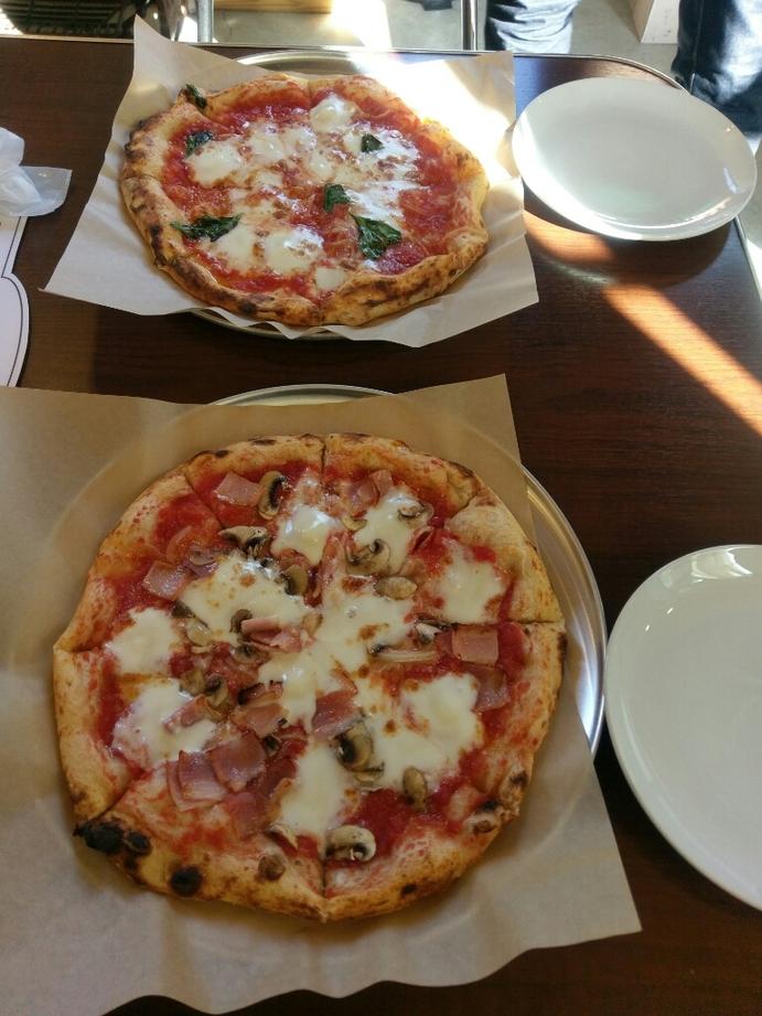 チーズ職人とピッツァ なかむら