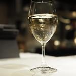 LOTUS - グラスワイン             「ブロカール・シャブリ」¥1,000                          2016.12再レビュー