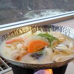 5995596 - 味噌仕立ての鍋