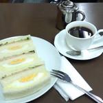 59952062 - ミックスサンドAとホットコーヒー。