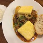 洋食屋 - フィレンツェのランプレドット(牛ギアラの煮込み)とポレンタ