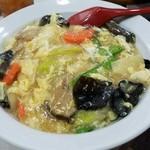 珉珉 - 野菜たっぷり!中華丼