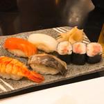 すし市場 なか安 - 【寿司】金華サバ炙り・サーモン・文甲イカ・蒸し海老・ネギトロ巻き