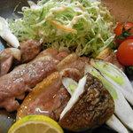焼とり 鳥玄 - 今が旬のあいがもステーキ980円    脂が乗った鴨肉を塩だけで炭火で美味しく焼き上げた絶品!