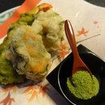 世界 - 車海老の抹茶衣・白子の紫蘇衣・牡蠣の三つ葉揚げ