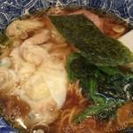 59970417 - 【名物】肉厚ワンタン麺