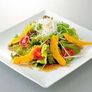 みずみずしい新鮮野菜も★