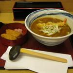 杵屋 - 「海老天カレーうどん」の定食(いなり寿司)です。