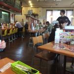 カレー&オムライスの店 洋食亭 - 店内の雰囲気♪