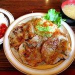 モナリザ - 生姜焼(ライス・味噌汁)!(2016,12/04)