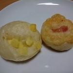 フォンデュ - 料理写真:コロコロチーズ(30円)とコロコロチーズベーコン(30円)