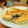 麺覇王 - 料理写真:焼餃子@525円:焼き目の付け方・八角の薫りが特徴的。