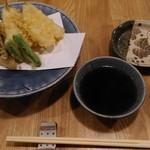 蕎誠庵あさひ - 天ぷら 江戸前キスと野菜(980円)