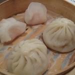 中国四川料理 民 - 海老蒸し餃子と小籠包の飲茶盛り