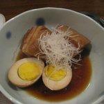 高井戸酒房 Zipangu - 角煮と煮玉子 680円