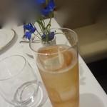 レストラン シャルム - フランボワーズのソーダ割り(リキュール)800円+消費税+サービス料5%