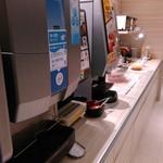 スーパーホテル - 朝食バイキングコーナー