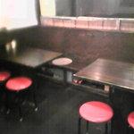 鶏炭 - テーブル席