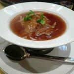老香港酒家 - 極上琴鮫のひれ煮込み