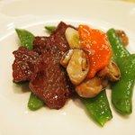 老香港酒家 - 神戸牛の炒め物