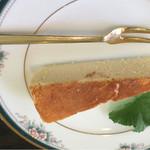 麦ばたけ - ベイクドチーズケーキです。