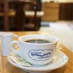 ブラッスリー ロノマトペ - カフェタイム14:00〜 ランチの予約をしにお伺いした日、コーヒーとケーキをいただきました☆彡