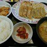 60018150 - 極み餃子定食