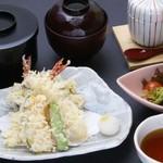 弥左衛門 - 料理写真:【ランチ】 天ぷら定食[¥900]