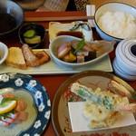 味家山崎 - サービス膳