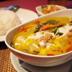 タイレストラン Smile Thailand - 鶏肉グリーンカレーセット