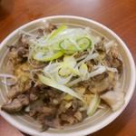 感麺道 - 豚しゃぶ ごまだれかけ ちと肉がパサパサ…。