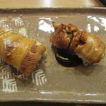 のんき寿司 - 江戸前の穴子を塩と煮ツメで。