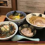 60034631 - チャーシューつけ麺とチャーシュー丼