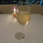 モダンフレンチ 「コラージュ」 - ヴーヴ・クリコ イエローラベル ブリッュト 2900円(グラス)
