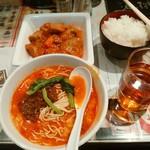 陳麻家 - 【2016.12.14(水)】日替定食(酢ぶた+半担々麺)850円→550円