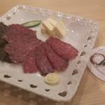 育風堂の手作りサラミ~チーズ添え~