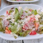 CORAL KITCHEN at cove - 季節野菜のシーザーサラダ(レディースコース)