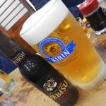 山田屋 - ドリンク写真:生ビール大ジョッキ&エビス黒瓶ビール