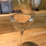 60050743 - 初めの白ワイン、日本酒仕立てとの事