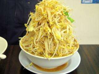 今を粋ろ 鳥大前店 - 2016年12月 ラーメン(750円)野菜、アブラ、カラメましまし
