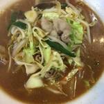 十八番 - 味噌ラーメン☆★★☆中華屋な例のベーススープな味