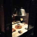 七輪焼肉岩勝 - すだれで仕切られた半個室掘ごたつ席(4名席)
