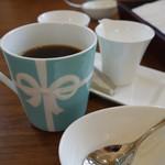 一色堂茶廊 - (2016/11月)ホットコーヒー(ティファニーのマグ)