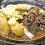 牧のうどん - 肉ごぼううどんは、ごぼう天、よく煮込まれたお肉ともにインパクト大!ウマウマな予感です。