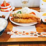ケンちゃん - エビフライ定食