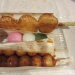 楓 - 五平餅(250)、花見(110)、みたらし(110)