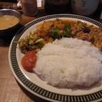ネパーリーカレー