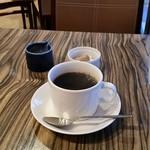 エッセンス テラスダイニングバー - コーヒー