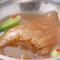 翠蓮 - フカヒレの姿煮(約150g)7,000円⇒毎月3で割れる日3,800円是非ご賞味下さい。