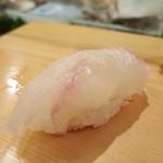 入船寿司 - 鯛